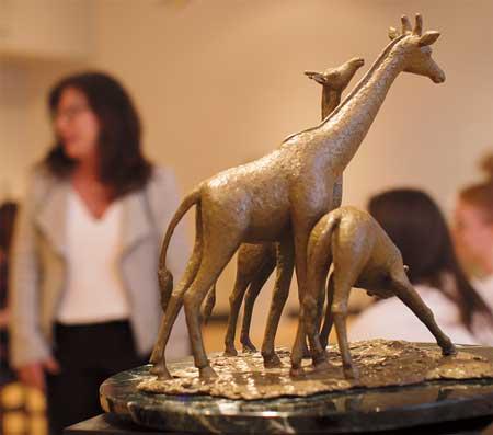 Nancy Schön - Reflective Giraffe Family